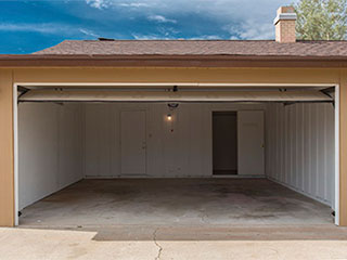 Why Replace Old Tilt-Up Garage Doors | Garage Door Repair Gurnee, IL